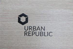 WER-D4880UV在木質材料上打印標識